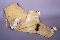 General Henri-Gratien Bertrand's breeches and gloves